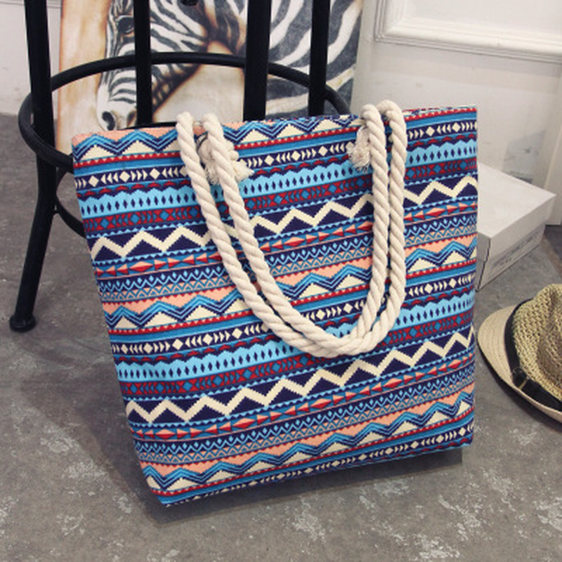 2018 Casual Women Handbag Large Capacity Floral Tote Canvas Shoulder Bag Bohemian Style Striped Shopping Bag Big Beach Bags