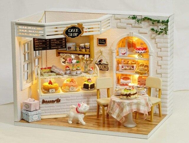 Mobili Per Casa Delle Bambole Fai Da Te : Casa delle bambole fai da te capanna cake shop bambola in miniatura