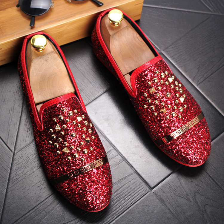 British Style Men Loafers Luxury Brand Fashion Rivet Pu Leather Shoes Moccasins Men Flats Shoes Sequins Black Red Silver 2A british slip on men loafers genuine leather men shoes luxury brand soft boat driving shoes comfortable men flats moccasins 2a