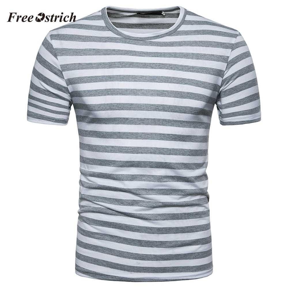 送料ダチョウメンズ夏のストライプ半袖 Tシャツビーチホリデースタイル Tシャツカジュアルプルオーバートップス男性新鮮な色 tシャツ