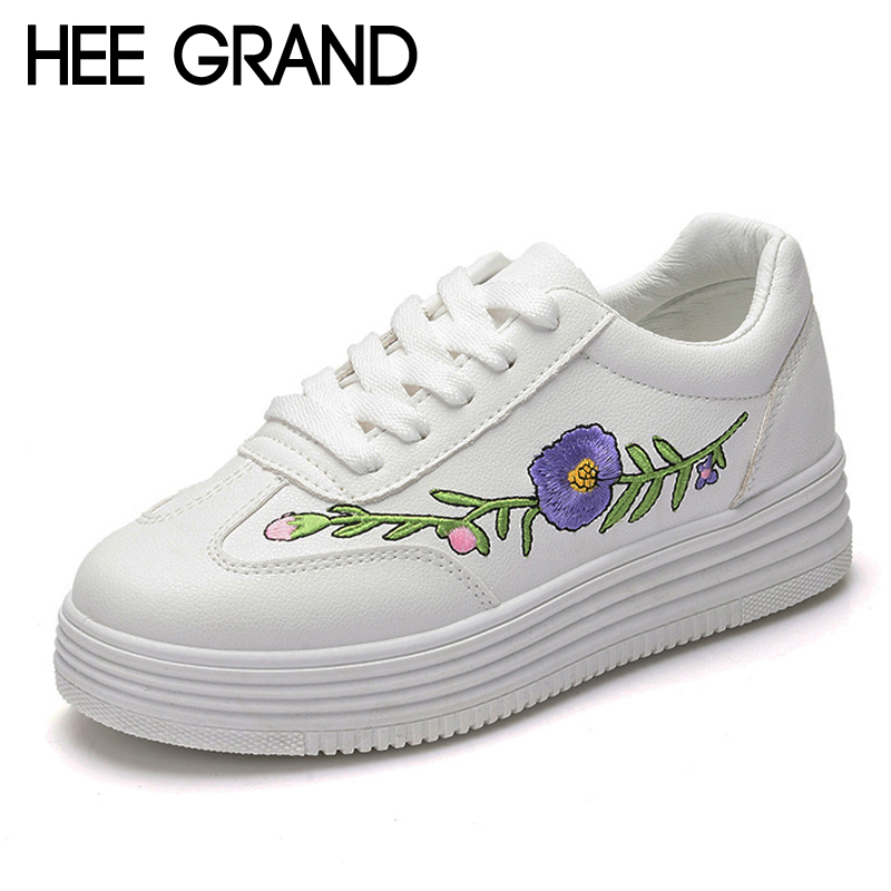 HEE GRAND 2017 Platform Shoes Woman Embroidered Loafers Casual Creepers Lace-Up Flats Vintage Women Shoes Size 35-40 XWC1064 hee grand camouflage creepers 2017 lace up platform shoes woman wedges loafers slip on flats casual fahsion woman shoes xwd6038