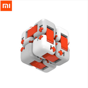 Image 2 - Оригинальный цветной Спиннер Xiaomi Mitu, пальчиковые кубики, интеллектуальные игрушки, умные пальчиковые игрушки, антитревожная декомпрессионная игрушка для взрослых и детей