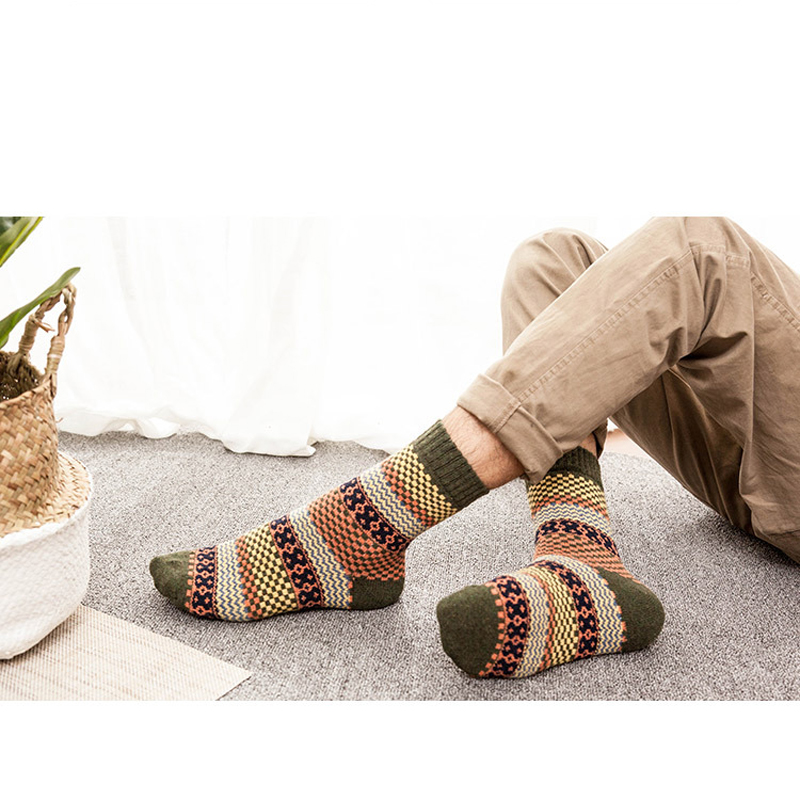 1pair Winter Mens Socks Warm Thick Wool Sokken Dress Socks for Men Vintage Striped Socks Colorful Thick Thermal Sock Calcetines