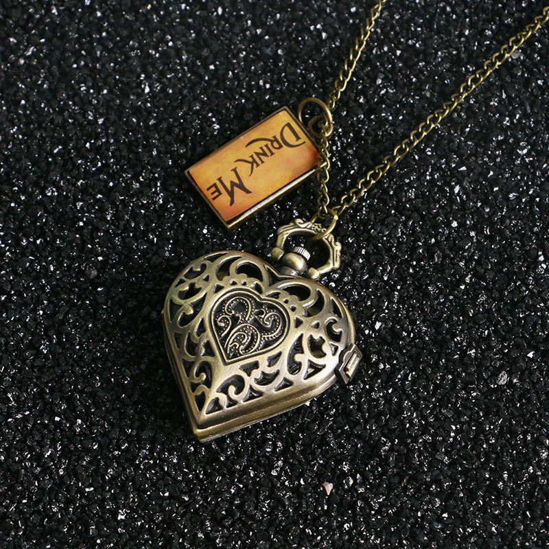 Fashion Vintage Heart Shape Hollow Case Drink Me Alice In Wonderland Pocket Watch with Necklace Chain Women Lady Girl Best Gift