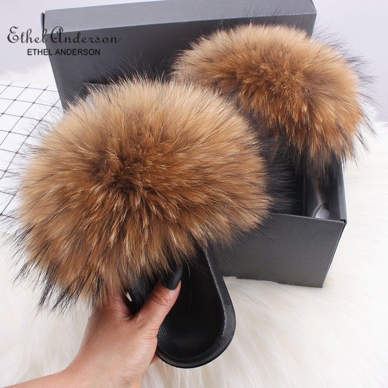 Wholesale 100% Real Plush Fox Fur Slippers Slides Lady Summer Flip Flops Cute Holiday Fluffy Raccoon Fur Sandals Shoes