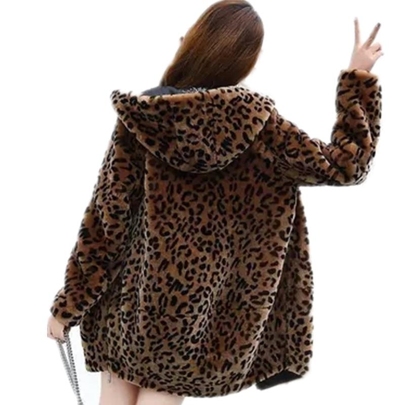 Más Tamaño Abrigo 378 Capucha Coreano Print Nuevo Casual Invierno Abrigos  Piel Leopard Medio Las De Moda 5xl Mujeres Con Largo Otoño ... ab16686c0bfd