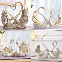 Swan Figurines Crafts Table Car Ornaments Souvenir Home Wedding Decoration European resin Animal Statue ornaments birthday gift