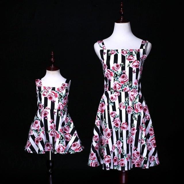 אלגנטי נסיכת אמא בת שמלות רוז פרח חתונת שמלת אמא אמא תינוק יום הולדת שמלת משפחת התאמת תלבושות