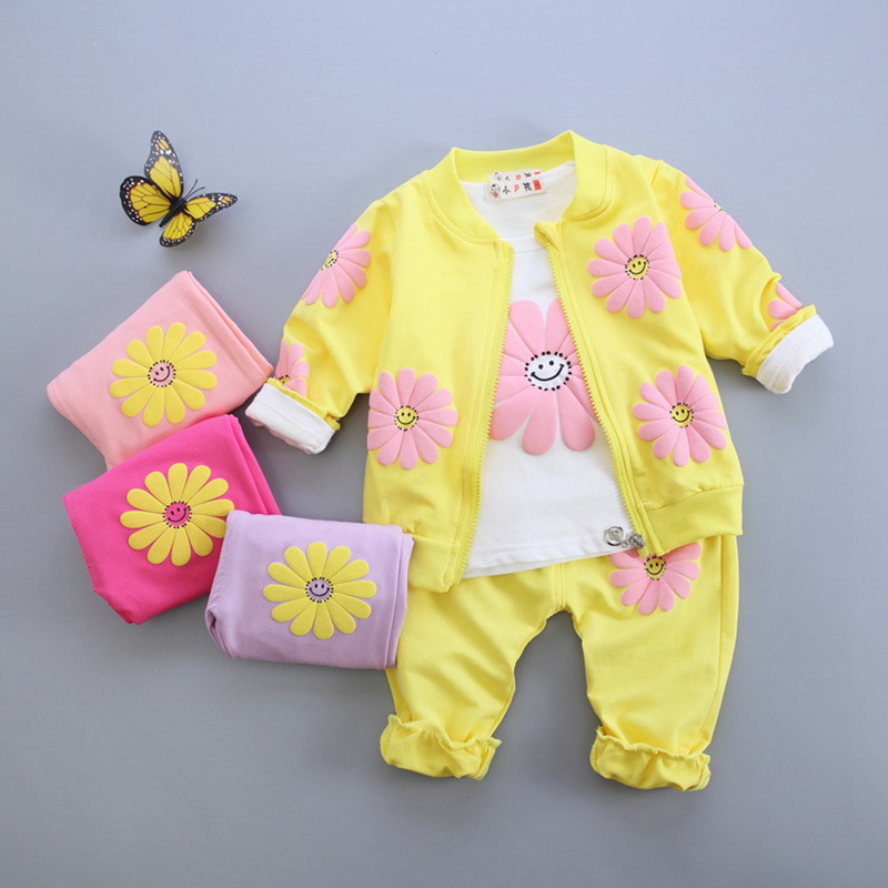New autumn infant baby girl clothes sets 3pcs flower printed cardigan jacket+long sleeve shirt+pants newborn girls suits new autumn sweet girls sets two piece cardigan outwear cape jacket long sleeve dress cotton lace kids girls clothes sets