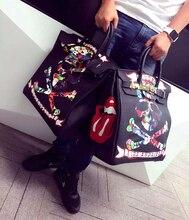 2016 Fashion Graffiti Printed High Quality Genuine Leather Handbag Platinum Package Buckle handbag Black Skull 35CM Large bag