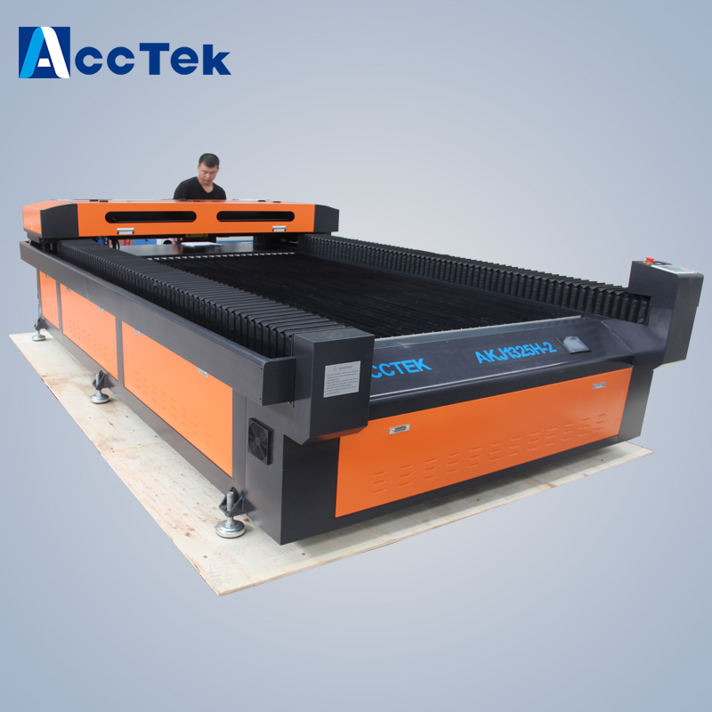 Low cost Popular Co2 SS and CS Cutter Metal Laser Cutting machine,metal tube laser cutting machine
