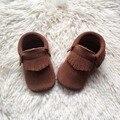 Mocasines Hechos A Mano Del Niño Del Zapato de Bebé de Cuero de Gamuza marrón