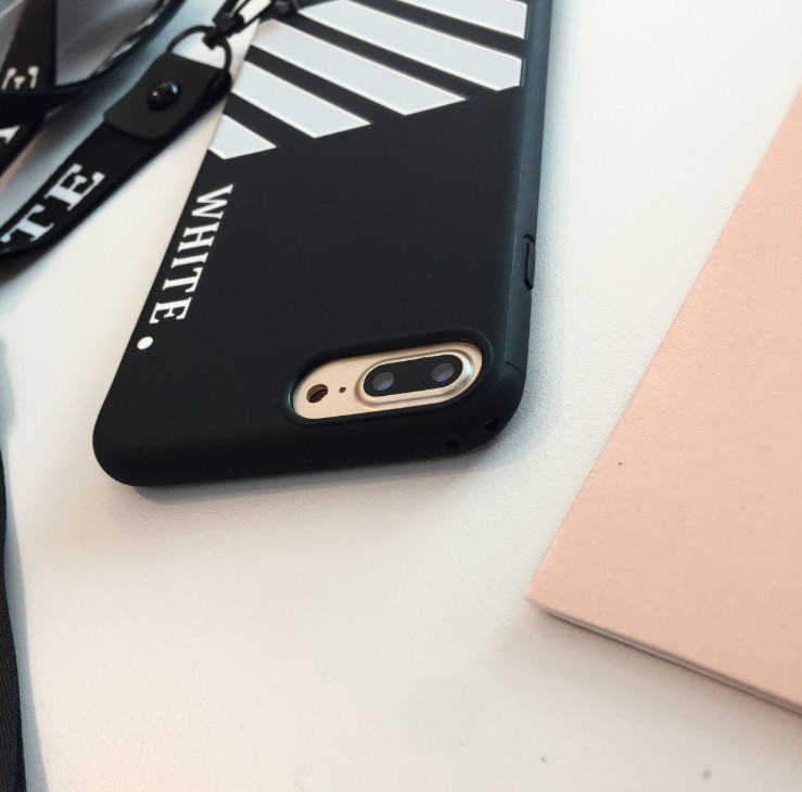 Stylish luxury soft silicone hand strap for iphone 6 6s 7 8splus Trend Pattern TPU back cover for iphone X XS MAX phone case.