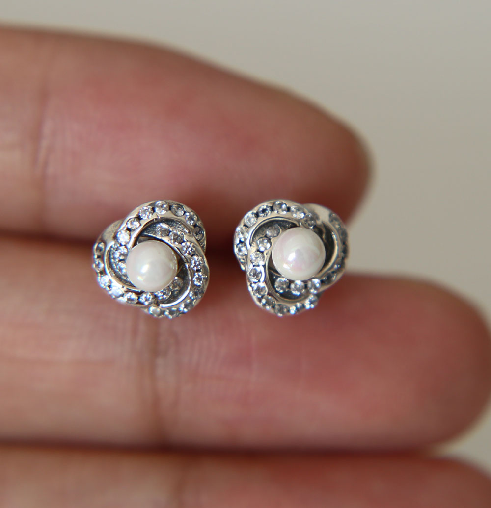crystal pearl en earrings droplets pandora white luminous drop