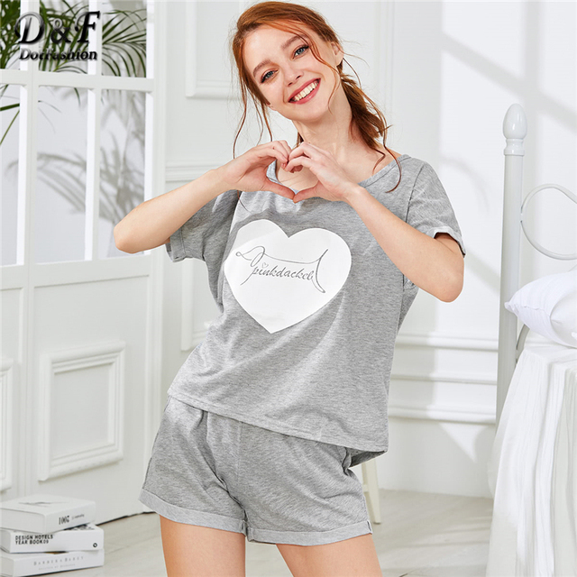 61f431fa95202 Dotfashion Heart Print Tee & Shorts PJ Set 2018 Summer Scoop Neck Short  Sleeve Pajama Sets Women Grey Letter Print Nightwear