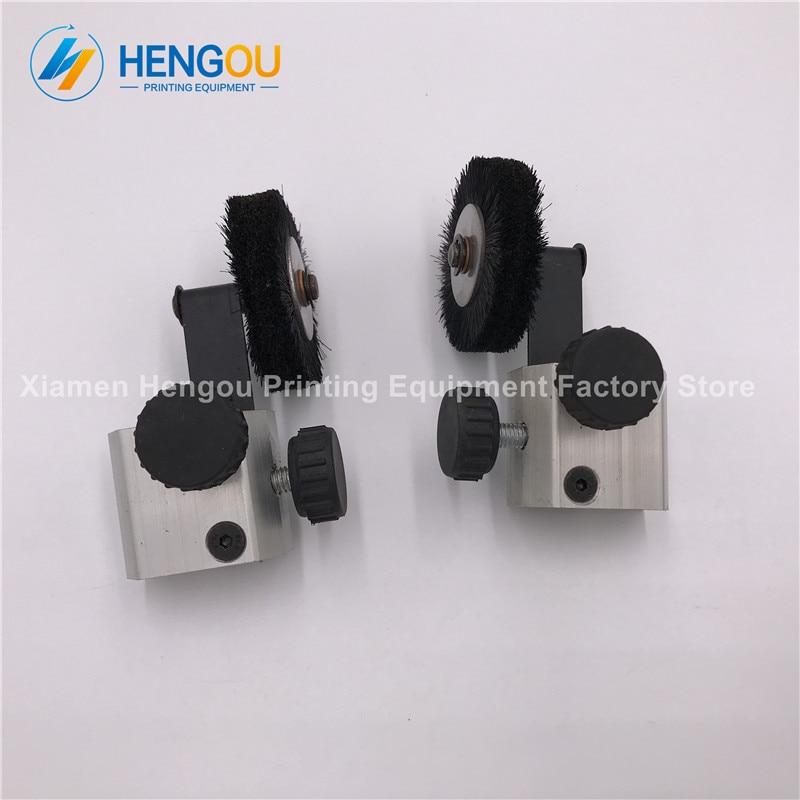 цена на 1 Pair China Post Free Shipping Black color offset printer parts G40 426428429 L440 wheel for KOMORI machine