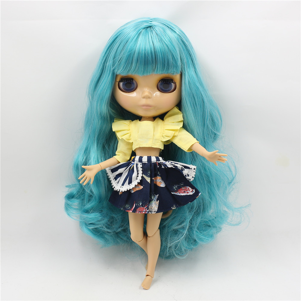Neo Blythe Doll with Turquoise Hair, Tan Skin, Shiny Face & Jointed Body 2