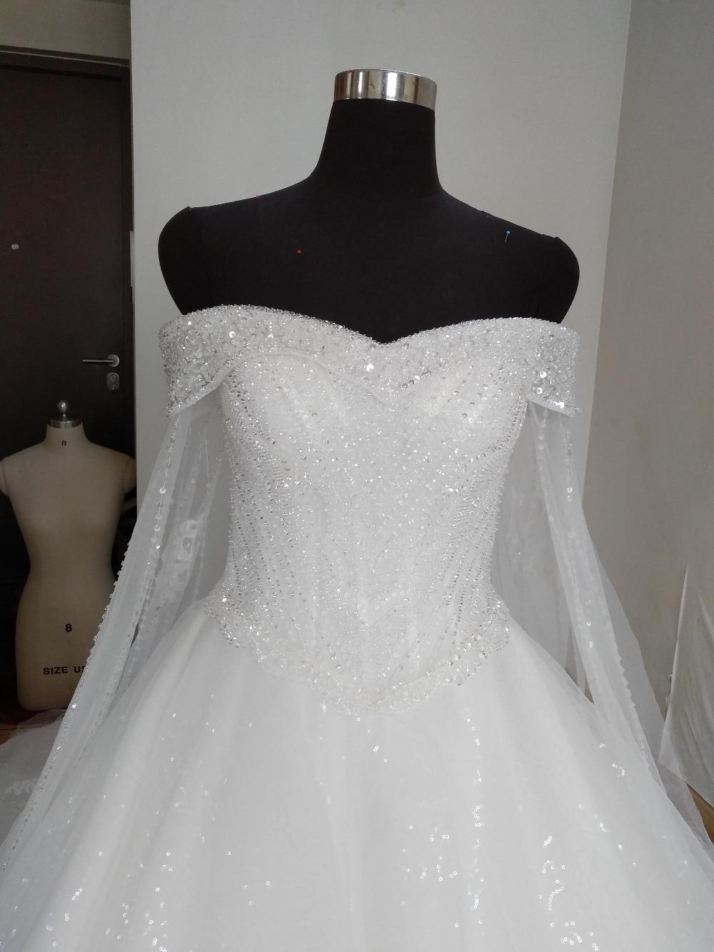 Ny Arrival Elegant A-Line Spets Sequins Bröllopsklänning 2017 - Bröllopsklänningar - Foto 2