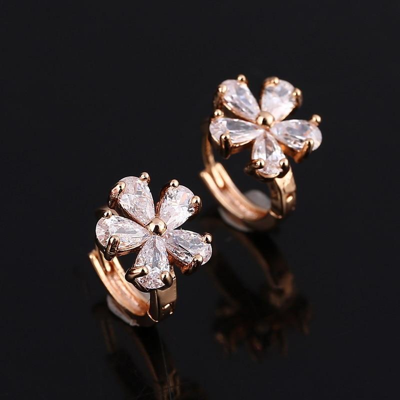 59191e030ad7b9 Girl's Luxury Wedding Earring Beautiful Flower Design Crystal Decoration  Hoop Earring Gold Color Earring