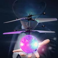 LeadingStar Pilot Kryształ Indukcyjne Piłka Samoloty Zabawki z Magicznego LED Night Lights jako Xmas Prezenty ZK25