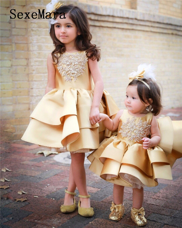 New Cute Gold Lace Pearls Baby Girls Birthday Dress Ball Gown Girls Christmas Dress Wedding Party Gown Pageant Dress with Bow