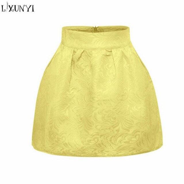cf07b8ae27d632 LXUNYI jacquard jupe femmes taille haute Sexy courte 2019 printemps  nouvelle mode coréenne femme robe de bal Mini rose jaune
