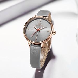Image 2 - NAVIFORCE zegarki damskie Top Luxury Brand zegarek kwarcowy Lady Fashion zegarek ze skórzanym paskiem wodoodporny data dziewczyna zegarek prezent dla żony