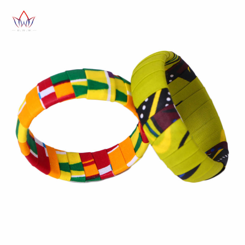 2019 BRW Brand New Large Анкара Kente Қолмен жұмыс Bangles Африка Басып шығару Fabric Covered Wood Bangles WYA06
