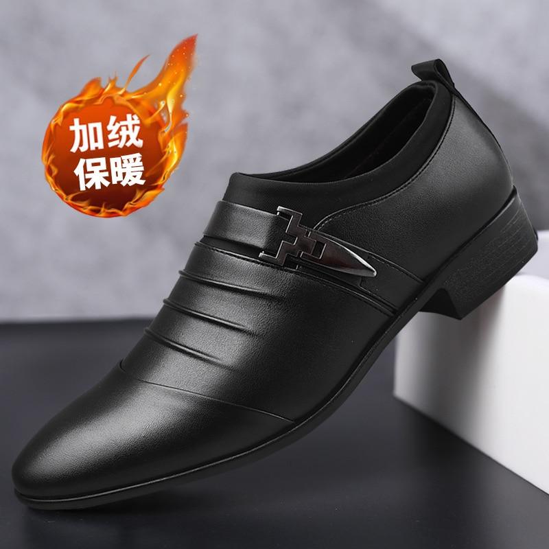 2019 Männer Kleid Schuhe Plus Größe 38-48 Männer Business Plus Samt Warm Zu Halten Flache Schuhe Atmungs Niedrigen Top Männer Formale Büro Schuhe