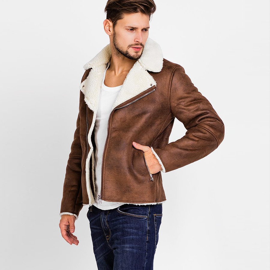 Suede Jackets and Jeans. A simple yet eye-catching combination can be created by wearing a men's brown suede jacket with a good pair of jeans.