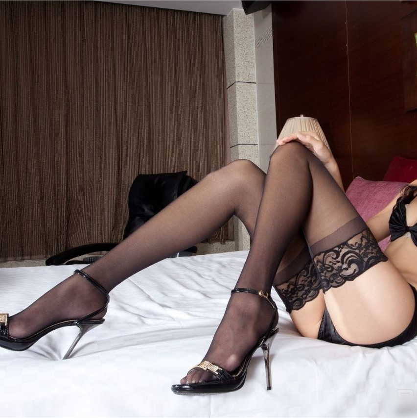 Wide laciness thigh socks fashion popular sexy lace stockings ultra-thin black stockings temptation 3058