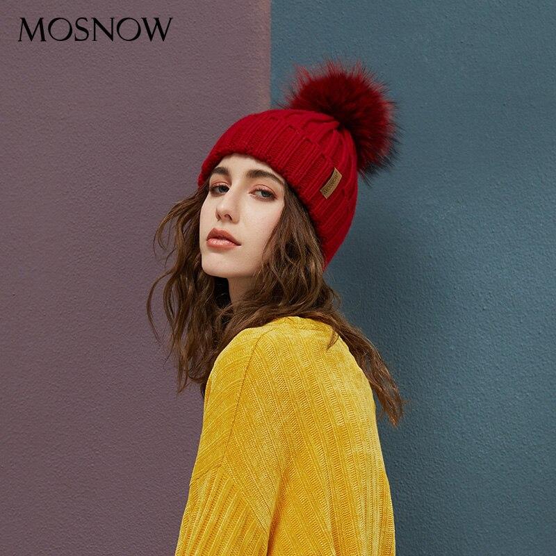 Echt Waschbären Pelz Pom Poms Mützen Winter Hut Weibliche Für Frauen Gestrickte Baumwolle Dicke Kappe 2018 Neue Mode Warme Beanie heißer Verkauf
