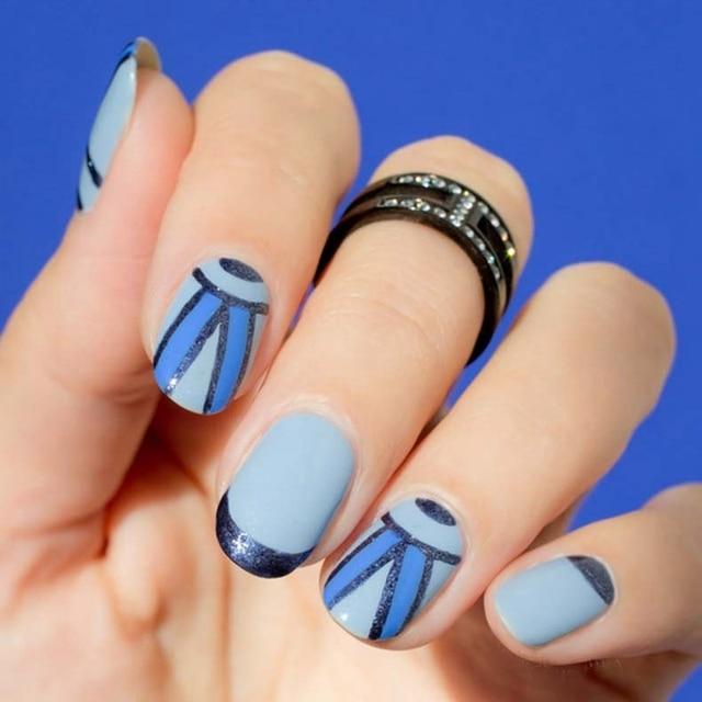 Elegant Fall Winter Nail Art Fashion Design Gray Blue Triangle Scarf