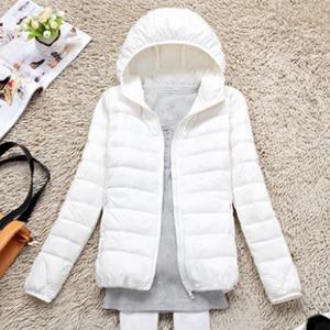 Image 4 - 8XL גדול גודל חדש חורף נשים לבן למטה מעיל נשי קל במיוחד רך מזדמן למטה מעיל ברדס קצר Windproof נוצת מעיל