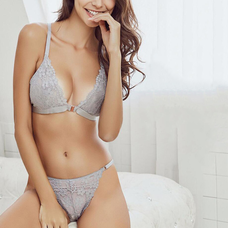 Sexy solid color lace beauty back underwear ultra thin no steel ring front buckle triangle cup bra set free shipping in Bra Brief Sets from Underwear Sleepwears