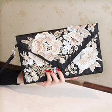 2017 Women's Handbag Embroidered Elegant Day Clutch Bag Evening Cheongsam Banquet Bag Clutch Female Clutches Handbag