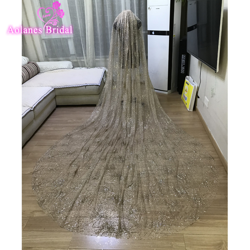 Gold Wedding Veils 3.5x3 Meters Bling Bling Lace Shinning Amazing Luxurious Bridal Veil For Wedding Tulle Wedding Accessories