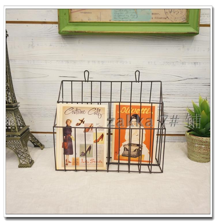 Do the old European style garden village vintage wrought iron wall mounted magazine rack shop cafe shop gardening decorative fra