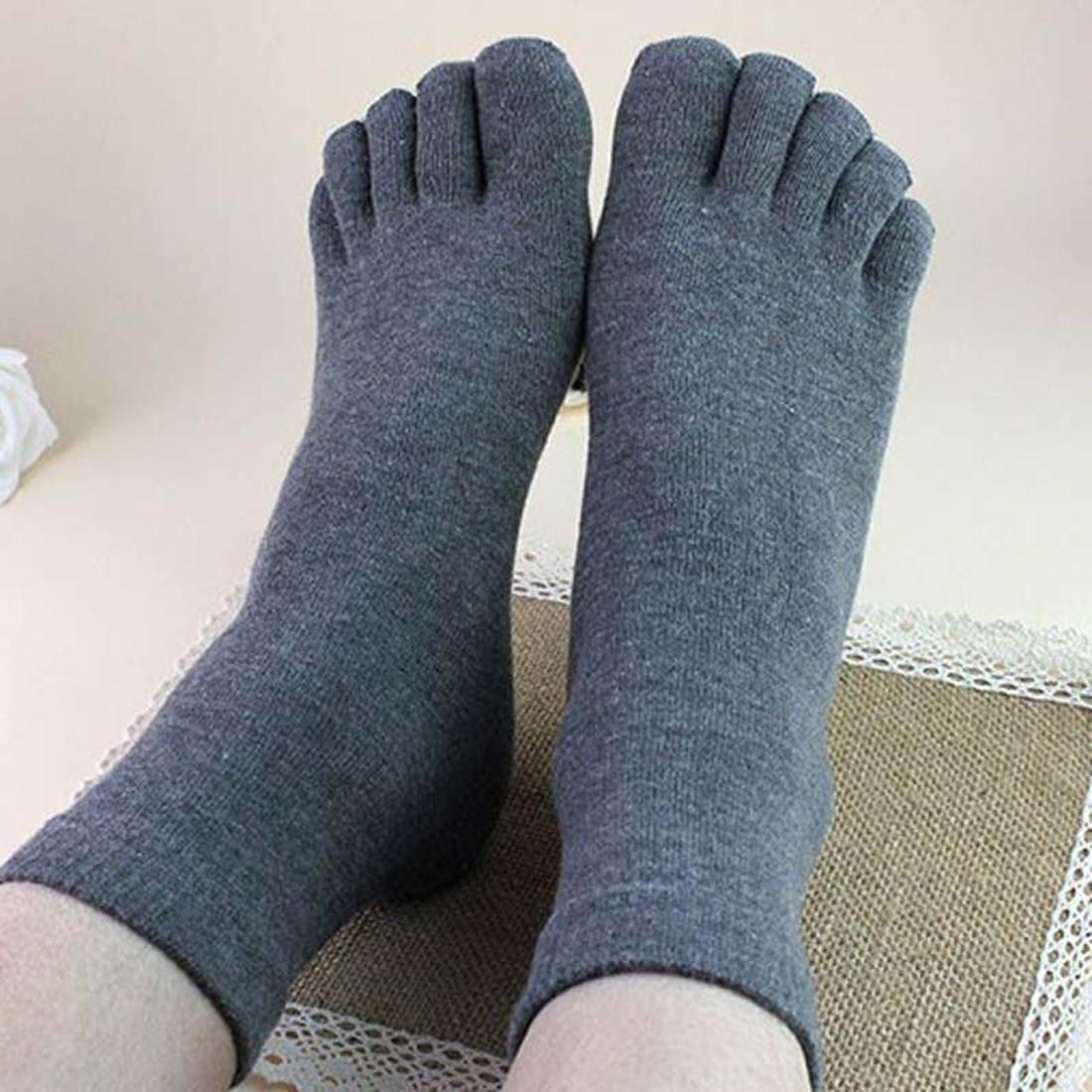 Hot Sale Men Women Comfortable Cotton Socks Funny Full Five Toe Socks Solid Color Winter Warm Crew Five Finger Socks Black White