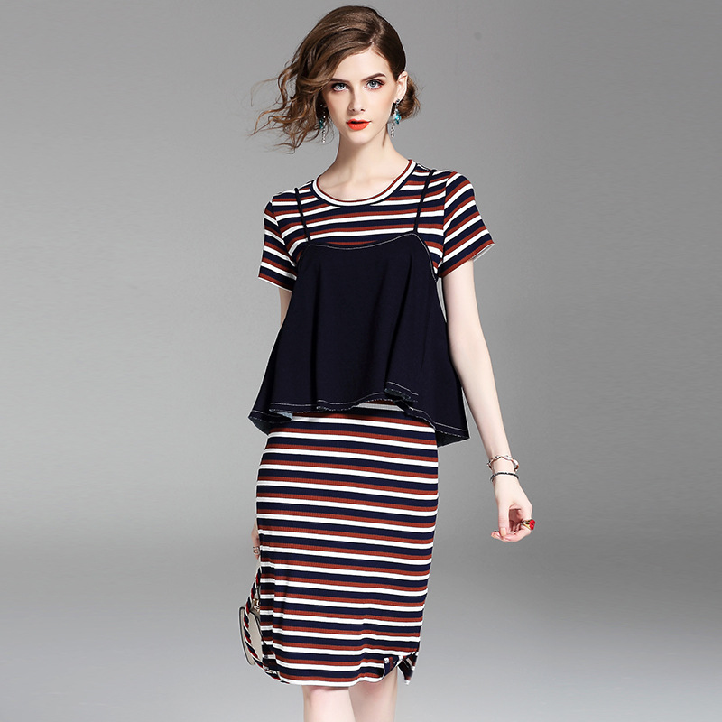 Women Knitted Dress 2017 Spring Summer Fashion Stripes Short Sleeves O-Neck Knee Length Casual Two Pieces Dress Female korean fashion autumn knitted dress suit women knee length casual sleeveless tank dress cardigan lady two piece dress sets
