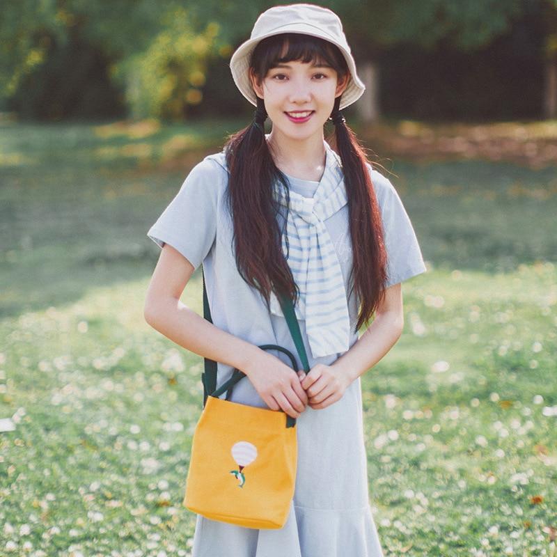 Art, Small Clear Single Shoulder Bag, Canvas Embroidered Handbag, Magnetic Buckle Bucket Bag.