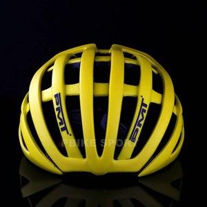 Image 4 - PMT 핫 세일 사이클링 헬멧 초경량 인 몰드 자전거 29 ari vents 헬멧 통기성 도로 산 MTB 자전거 헬멧
