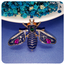 Fantastic Design of Queen Bee Brooch Pin Jewelry Unique Retro Style Jewelry Gift to Fashion Ladies все цены