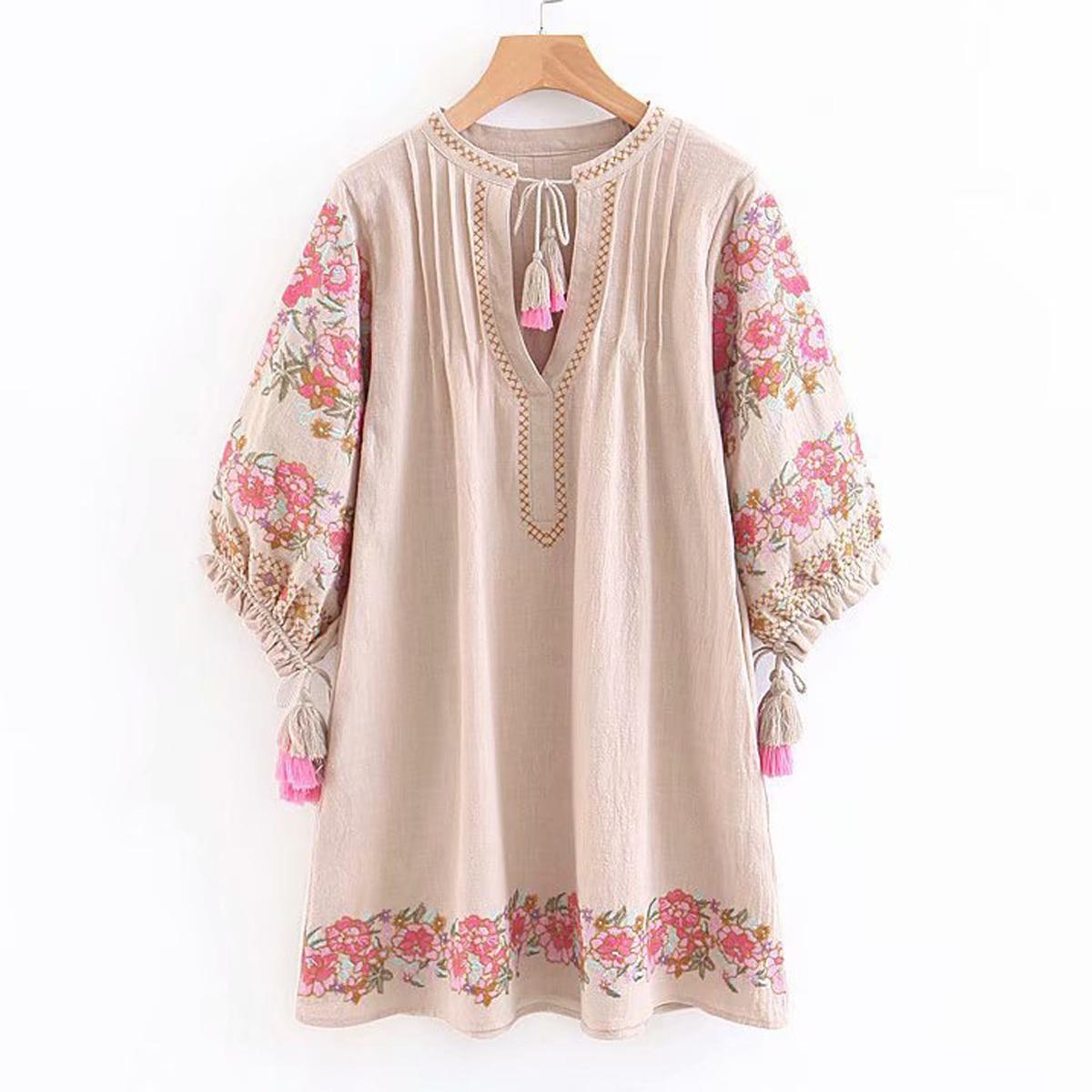 Cncool brodé Floral rétro robe femmes lanterne manches mode plage robe 2019 printemps été nouveau col en v gland Boho robe