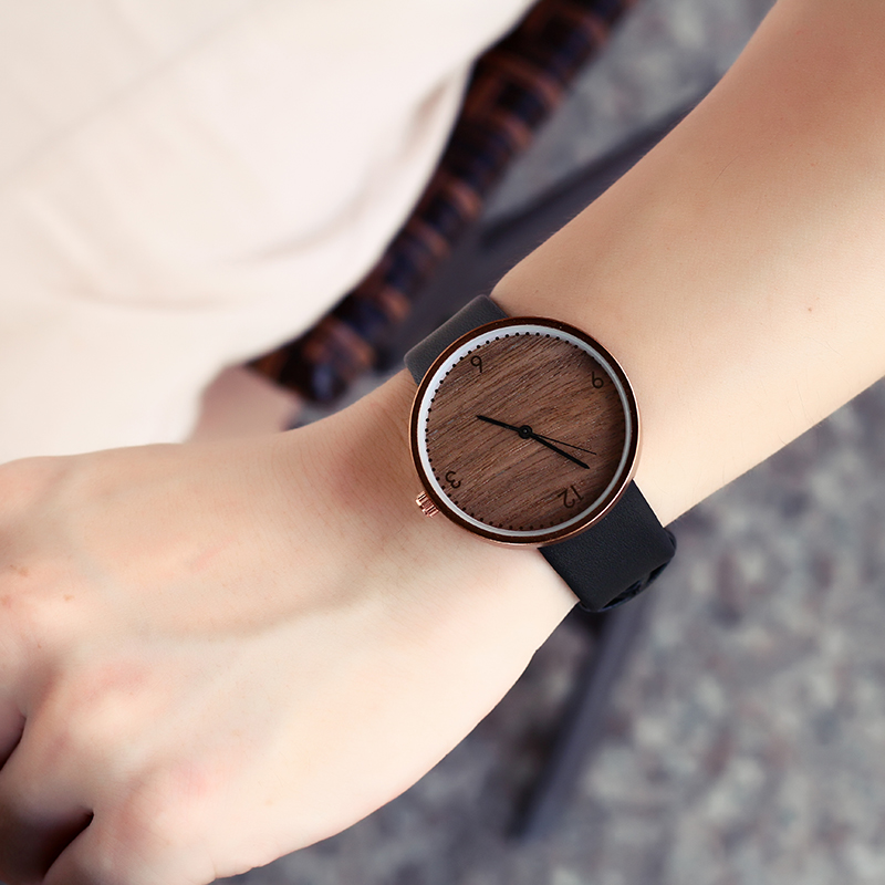 New Wood Women Watches Retro 2018 Casual BGG Brand Vintage Leather Quartz Clock Ladies Fashion Simple Face Wooden Dress Watch