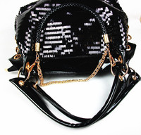 ZHIERNA Bali Vintage Handmade Crossbody Leather Bag Round Straw Beach Bag Girls Circle Rattan bag Small Bohemian Shoulder bag