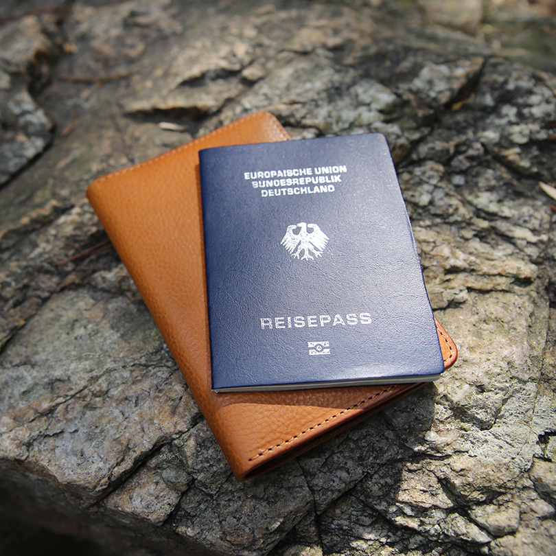 Hiram Beron Leather Passport Case Wallet with credit card slots casual style initial custom name label