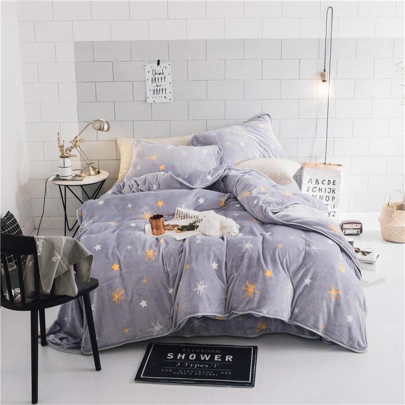 2017 IvaRose Black Starry Sky Bedding Set Fleece Fabric Duvet Cover Sets Winter Bed Linen Bedclothes Queen Size Bed Set