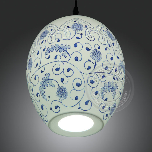 Antique Chinese Restaurant Bedroom Study Lamp Energy Saving Painted Blue And White Ceramic Chandelier