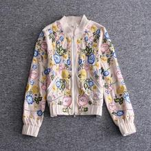 The new Europe and the United States women's 2017 spring Runway looks long collar heavy coat embroidered beading